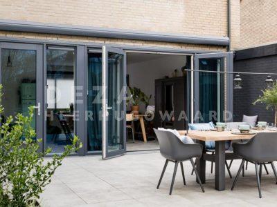 Deza kunststof kozijnen Heerhugowaard - Openslaande deuren koopt u bij Deza Kozijnen in Heerhugowaard - kunststof tuindeuren