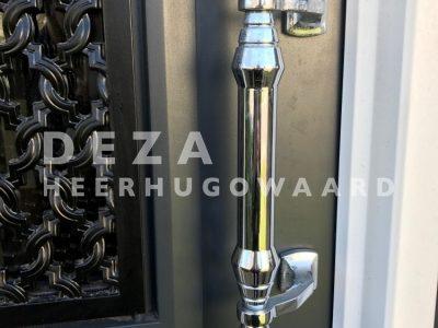 Deza Kozijnen Heerhugowaard - kunststof voordeur in Den Helder - greep