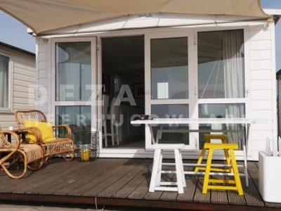Deza kozijnen Heerhugowaard - RTL Woonmagazine - glazen pui in strandhuis