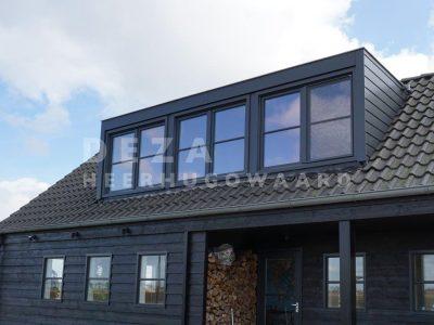Deza kozijnen Heerhugowaard - dakkapel geeft ruimte Dakkapel - referentie Klei - antraciet
